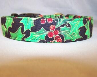 Large Holly Print Christmas Dog Collar