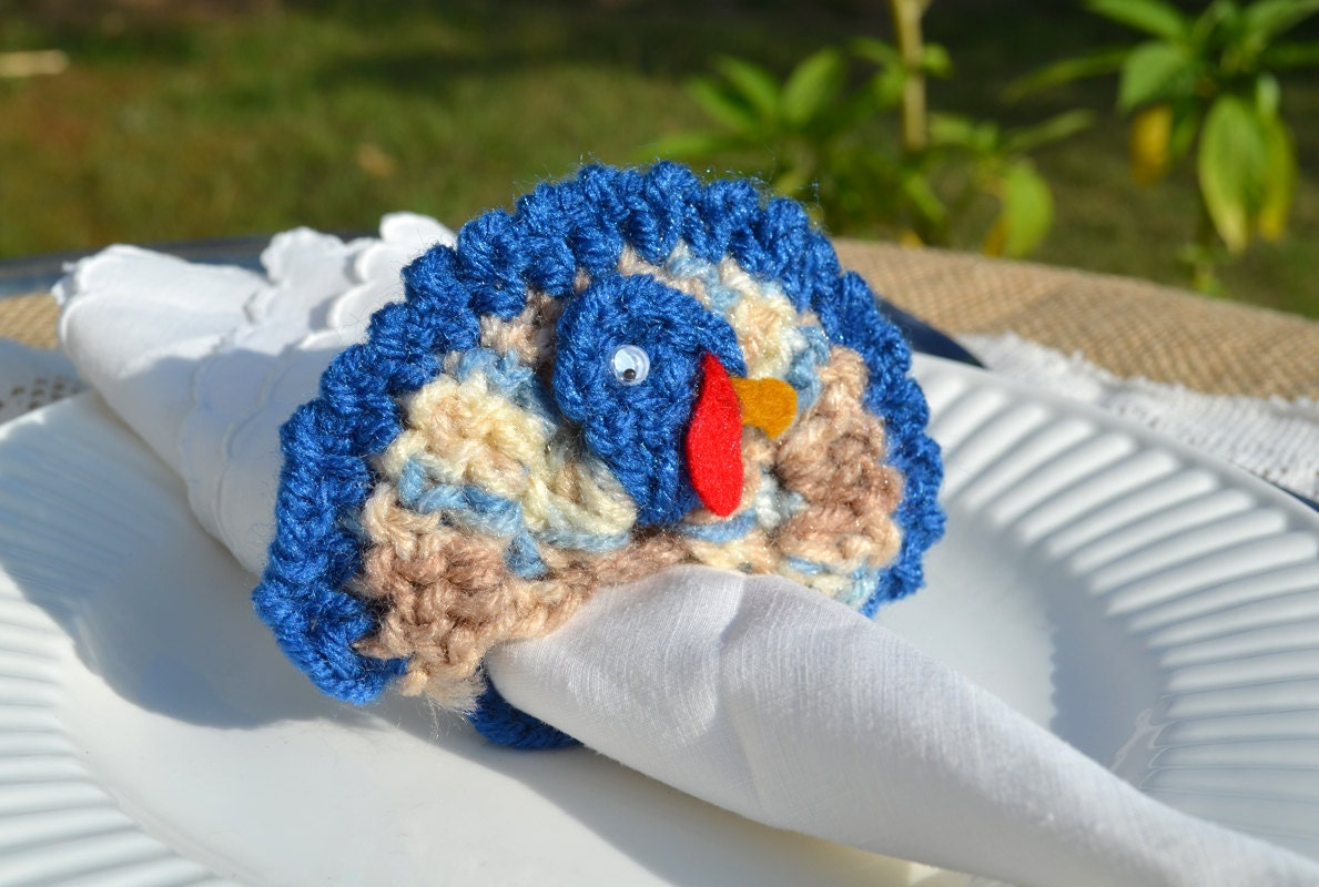 Thanksgiving napkin rings crocheted turkeys by for Turkey napkins