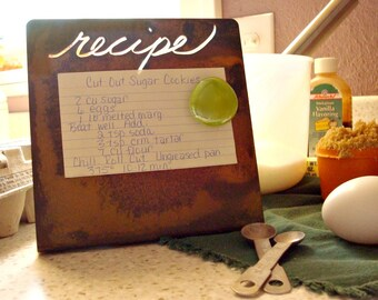 Rusted Bent Frame Magnetic Recipe Board with Magnet