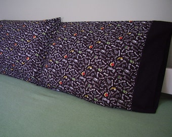 Bugs - Crawling Bugs - Wiggly Bugs - Worms - Pairs Pillow Cases - Price Slashed