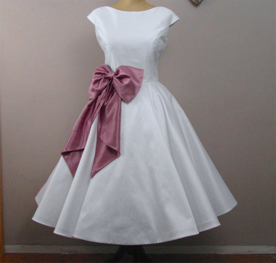 Lola rose tea length wedding dress by ryleyandflynnvintage for Etsy tea length wedding dress