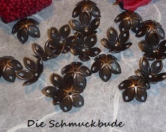 D-03281 - 20 Bead caps red copper 18mm