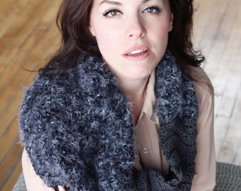 SCARF CROCHET PATTERN Fur Cowl Infinity Scarf The Montreal
