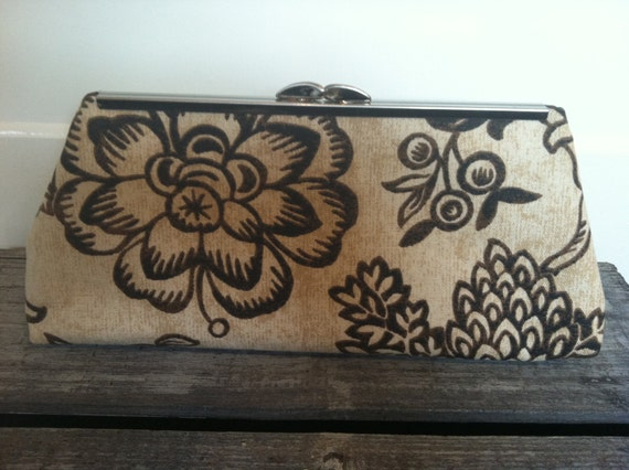 "Brown Floral Clutch 8"" clasp"