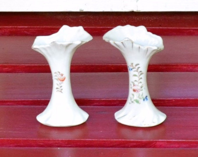 Vintage Bud Vase Set of 2 White Pink Flowers Japan