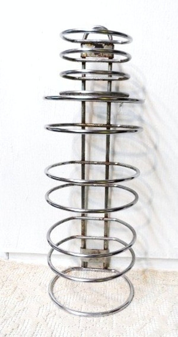 1950 39 S Plaza Towel Holder Stacking Hotel Towel