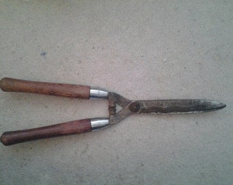 Vintage Garden Shears with a Wave Blade