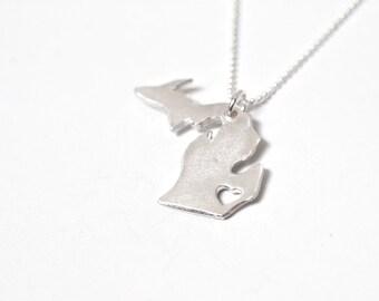 i heart Michigan Necklace - Silver - Michigan State Necklace MI Necklace Michigan With Heart Mitten State Upper Peninsula UP LP Custom Heart