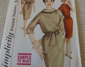 Vintage 60s Misses Slim Dress Pattern Simplicity 4070 size 12