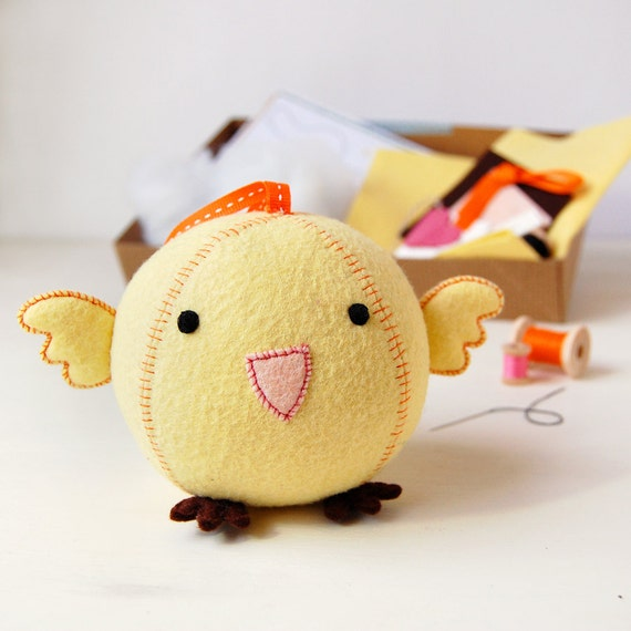 Chick Craft Kit - Make Your Own - Children's Sewing Kit - Creative Activity Kit - Chick Bird Toy - Baby Animal Toy - Bird Lover