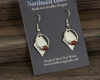 Silver earrings with brown glass bead