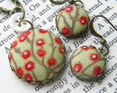 Red Berries, Fabric Covered Button Earrings and Pendant Set.