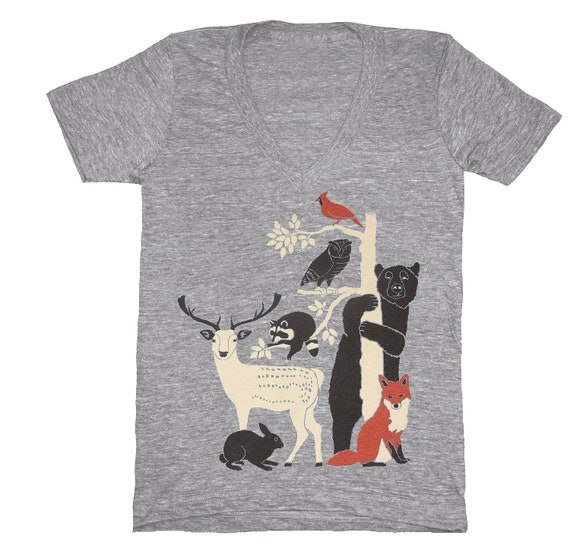 Forest Friends - V-neck T-Shirt Deer Bird Fox Rabbit Raccoon Owl Bear Woodland Nature Animals Tree Grey Tee Shirt Vneck Ath Gray Tshirt