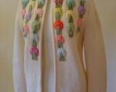 Vintage Cream Wool Velvet Applique Ribbon Sweater - daisyfairbanks