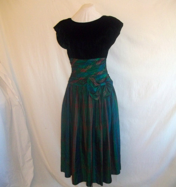 Vintage 80s Holiday Dress Green Plaid Taffeta Velvet Top sz 8  Special Times by Patti O'Neal