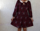 SALE vintage 80s 2 piece abstract print dress with pleated peter pan lace collar top and skirt M-L