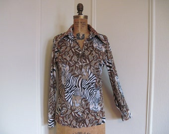 1970s WILD ZEBRA in the JUNGLE Shirt - mod animal print - vintage size 34, small to medium