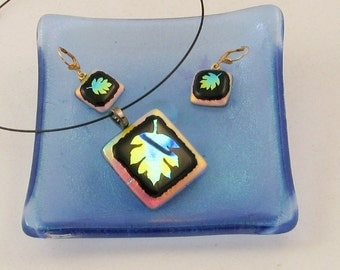OAK Leaf  jewelry - dichroic dangle earrings or pendant - dichroic jewelry - fall jewelry - Autumn leaves - OOAK (3066-7)