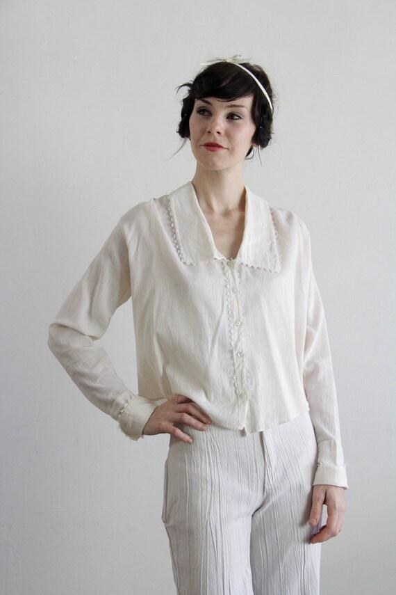 Vintage Pink Cotton Blouse . Pin Stripes . 1930s . Button Down Top . Deco Era Shirt