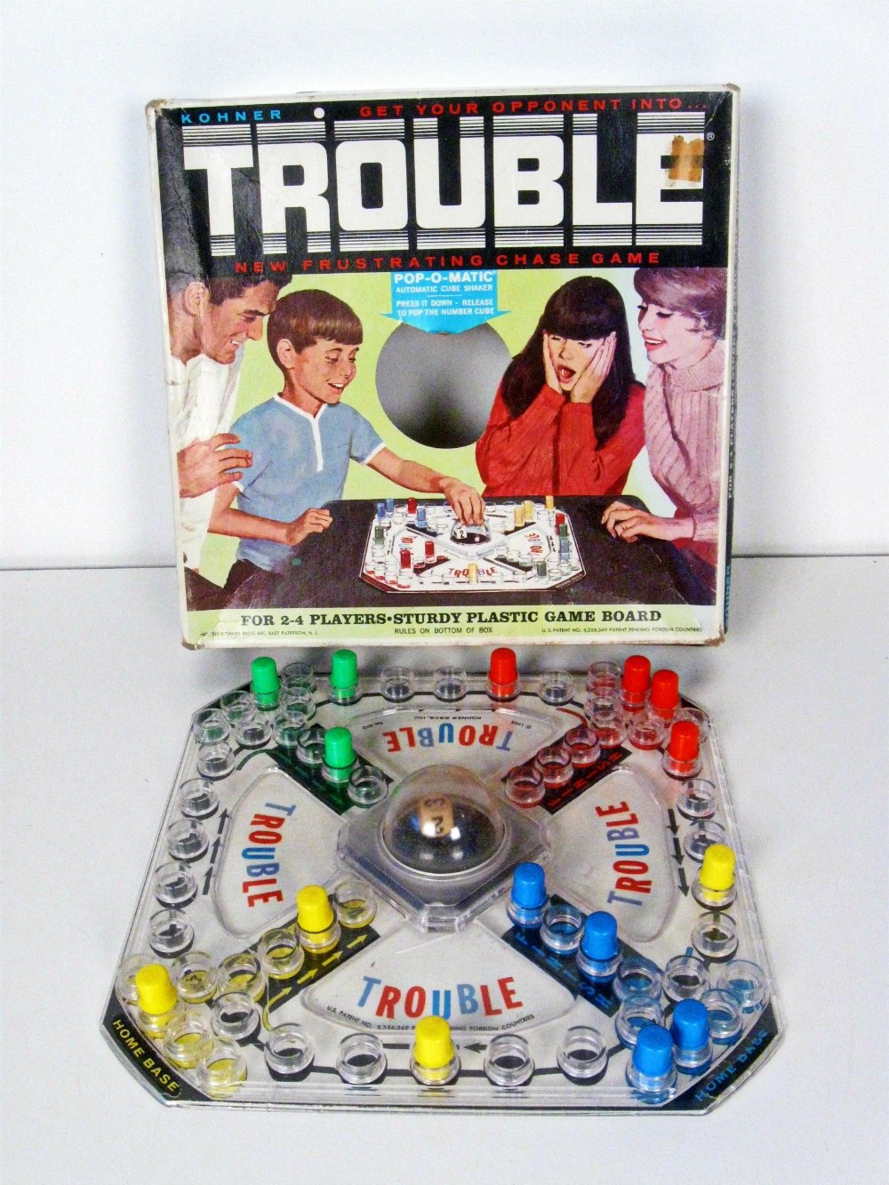 how to play trouble board game