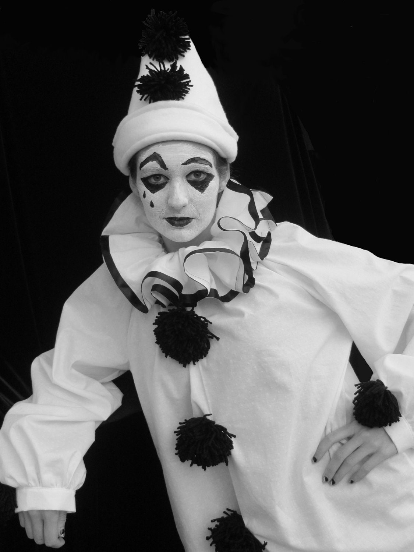 Vintage Pierrot 22