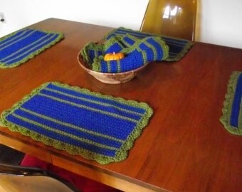 80s Knit Placemats / 6 Vintage Crochet Place Mats / Blue n Moss Green Knit Placemats