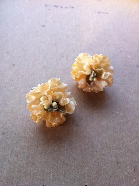 Vintage Flower Earrings Screwbacks
