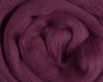 Merino Wool Roving Berry 4 ounces