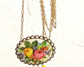 Garden Blossom - Vintage Floral Beaded Cameo Necklace - Flower - Nature Inspired - Wedding