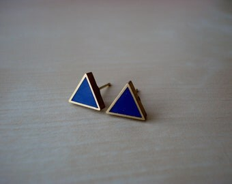 navy blue small brass triangle stud earrings