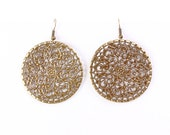Antique brass round filigree dangle drop earrings (629) - Flat rate shipping