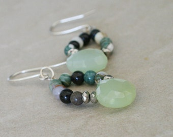 Chalcedony briolettes, green jewelry, agate stone, dangle jewelry