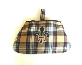 Purse - Handbag - Tartan - Wristlet - Wool Plaid - Celtic - Kilt Scotland - Fleur de lis - Hand Made - Camel Black Red - Recycled - UNIQUE