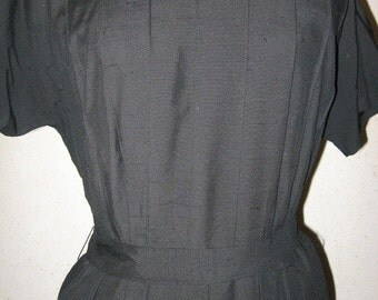 Vtg 50s/60s Black Pin Tuck Raw Silk Look Pleated High Waist Full Skirt Dress