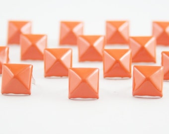 50 pcs Orange Pyramid Studs Biker Spikes spots nailheads Decorations Findings 9 mm. CK1C98