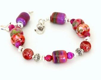 Colorful Glass Beaded Bracelet. Raspberry Glass and Magenta Gemstone Beads. Stacking Layering Bracelet. Lampwork Jewelry.