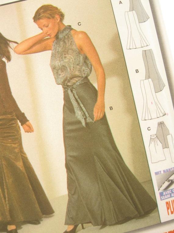 Burda 8856 Gored Skirt and Sleeveless Blouse Pattern