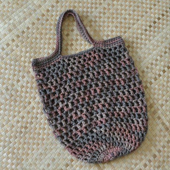 Crochet Mesh Bag Pattern : ... Bag N Mesh Tote Crochet Pattern and FREE PDF Curly Q Bookmark Pattern
