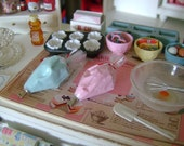 ICING Frosting PASTRY Bag - Choose 1/12 or 1:6 Scale
