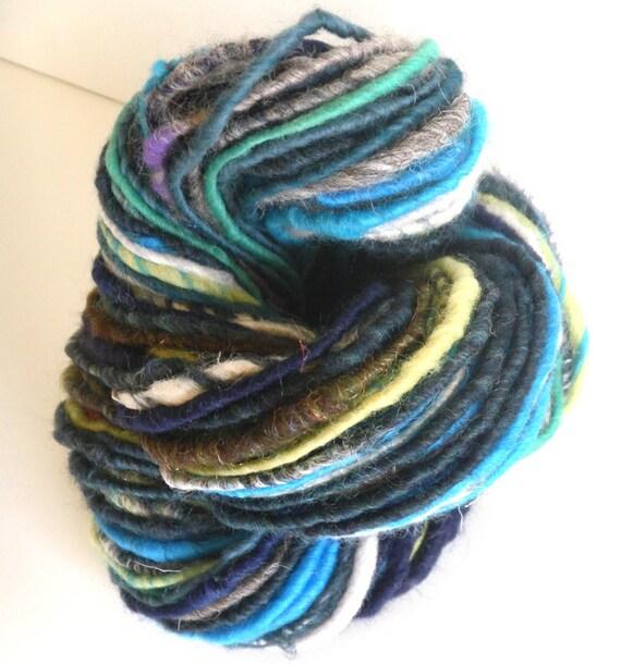Fall Sale - Random Stripes - Handspun Corespun SuperBulky ArtYarn - 90 yards - Buy 3 and get FREE SHIPPING