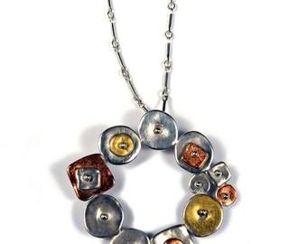 Tri-Color Circular Geometric Necklace