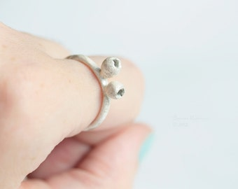 White Silver Pods Ring Sterling Bowl OOAK Organic Look T12