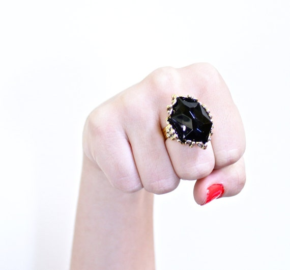 Vintage Black Glass Stone Cocktail Ring - Size 6 Gold Tone Adjustable Costume Jewelry / Chunky Accessory