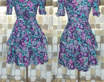 Vintage 80s Dress   1980s Ruffled Mini Dress    Floral Print   Size Small 5/6   Party Dress   Victorian Revival