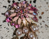 Vintage pink, pearl, and rinestone flower brooch