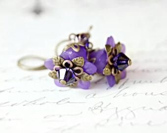 Purple Flower Earrings, Lucite Flower Earrings, Vintage Style Earrings