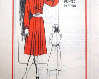 Parade Designer Mail Order A978 Womens 80s Dress Sewing Pattern Bust 32