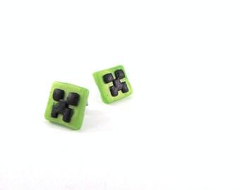 Minecraft Creeper, Creeper earrings, video game jewelry, gamer earrings