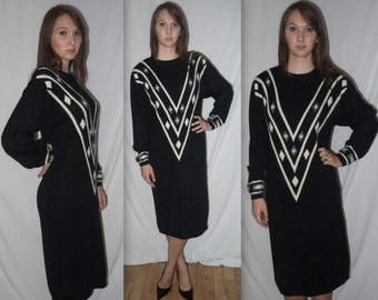 Victorious .... Vintage 80s angora sweater dress / 1980s lambswool knit / black white geometric / trophy beaded ...  S M / bust 42