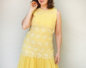 Vintage 1960s Dress - Canary  - Yellow and White Floral Eyelet Wiggle Dress